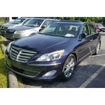 2012 Hyundai Genesis w/ Sunroof & Navigation