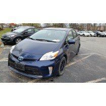 2012 Toyota Prius Three w/ Sunroof   *** ONE OWNER!
